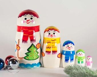 Matryoshka Snowman Family Russian Nesting Doll