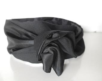 rigid headband  black woman