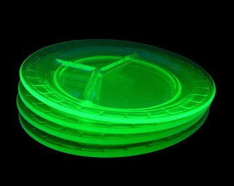 4 Vaseline Glass Divided Plates, Green Uranium Glass Serving Dishes, Depression Glass Grill Plates