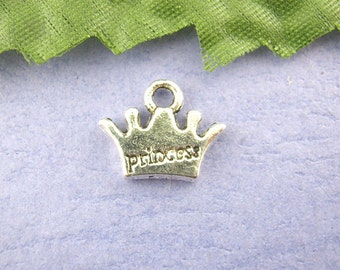 5 Pieces Antique Silver Princess Crown Charms