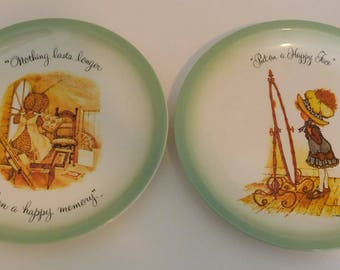 Set of Two 1972 Holly Hobby Collectors Plates by American Greetings