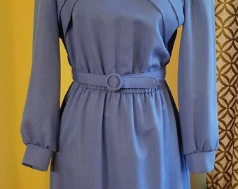 Vintage 1970's Classic Belted Dress with Cross Pleated Detail. Size 10