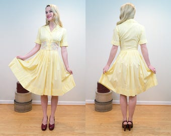 1950s Vintage Dress - XS - Perfect Yellow Cotton Shirtdress with Swirling Rainbow Embroidered Decoration and Pleated Full Skirt
