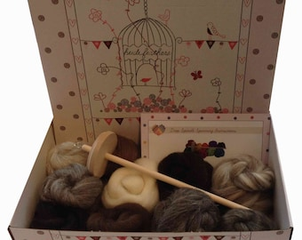 Heidifeahers Spinning kit - Natural Wool