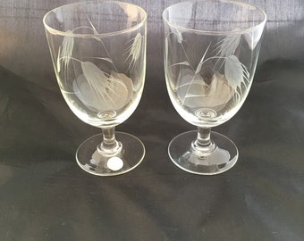 Vintage Footed Beer Or Water Glasses   Sasaki Wheat   Water Glasses   Mid  Century Barware