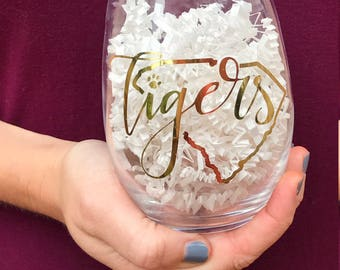 Clemson Wine Glass