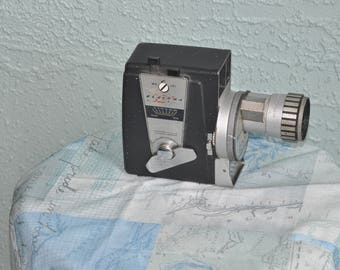 Dejur 323 Vintage Movie Camera