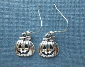 Jack O'Lantern Earrings - Pumpkin Earrings - Dangle Earrings - Halloween Earrings - Halloween Jewelry - Earrings - Holiday Earrings -- E120