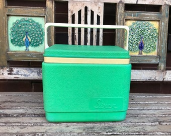 Small Vintage Green Willow Esky - Sixer - Cooler