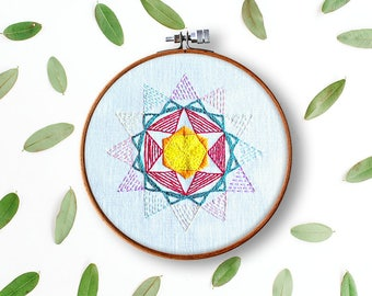 modern embroidery pattern, star mandala, beginner embroidery, modern hand embroidery, home decor, contemporary embroidery, diy hoop art