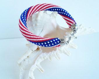 USA Flag bracelet,  4th of July  Patriotic gift American bracelet United States bracelet Flag bracelet Beaded Crochet bracelet Gift for men