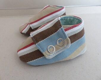 chaussons espadrille 3/6 mois Petits Petons coton rayé beige, gris et bleu et jersey brun