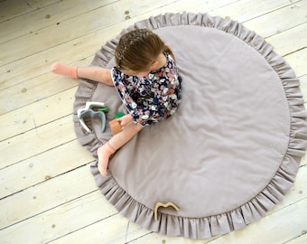 Play mat for girls, Play mat, nursery rug,  Round Baby Play Mat, Ruffled baby playmat, round kids rug, mat with ruffles, Floor Play Mat, rug