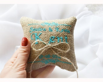 Embroidered Burlap Wedding ring pillow ,  wedding pillow , ring pillow, ring bearer pillow with Custom embroidery (LR5)