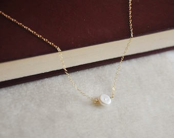 Simple Gold  Pearl Solitaire Necklace- Great Layering Necklace, Bridesmaids Gifts, Flower Girl Jewelry, Minimal Necklace, 14K Gold Filled