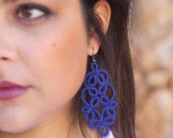 Blue lace earrings//lace earrings//tatted earrings//lace jewelry//blue earrings//tatting lace frivolite//gift for her//indigo blue