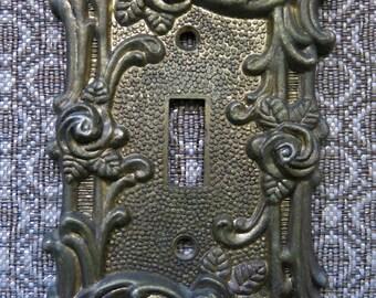 Vintage Amertac Brass Finish Floral Rose Light Switch Cover Plate (#3)