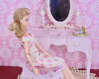 "OOAK Susy Goose vanity & perfume bottle set for 10-12"" fashion dolls"