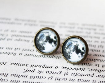 Full moon earrings - Moon Stud Earrings - Glass Dome Earrings - Planet earrings - Galaxy Stud Earrings 14mm