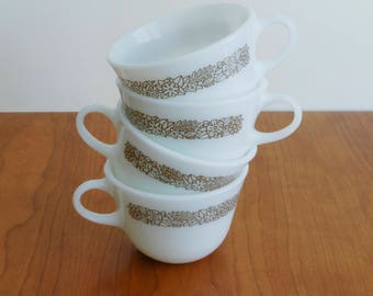 Pyrex Woodland floral brown - milkglass - teacups - coffee mugs