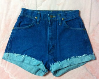 Vintage Wrangler Blue Denim Shorts, 90s Vintage Wrangler Blue Denim High Waisted Jean Shorts, Vintage Wrangler Denim Shorts
