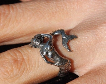 SMALL COIL MERMAID Ring, Siren Ring, sizes 4.5-7.5 mermaid jewelry, mermaids, hawaiianjewelry, sirenjewelry, signet ring