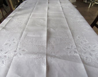 Tablecloth, White Linen, White and White Embroidery, Drawn Work
