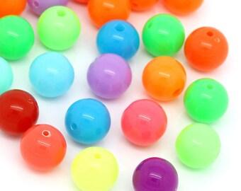 Set of 10 acrylic 12mm round beads