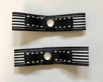 Black, white striped ribbon hair clip