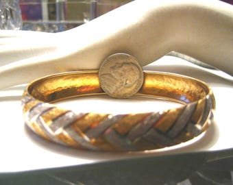 Vintage 14k Yellow and White Gold Bangle Bracelet Criss Cross Pattern 8.9gr