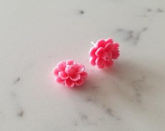 Pink flower earrings- cute bubblegum pink, blossoms, vintage resin