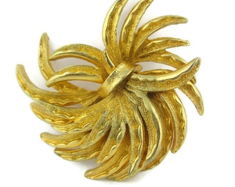 Vintage Sheaves of Wheat Gold Tone Pin