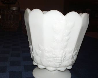 Westmoreland milk glass paneled grapevine jardiniere planter