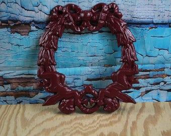 "Cast Iron Cherub Angel Wreath 9"" W x 10"" H"