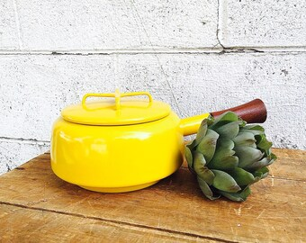 DANSK KOBENSTYLE Saucepan with Lid | Vintage 1960s Sun Gold Yellow Enamel Fondue Pot with Teak Handle | Jens Quistgaard | Made in France |