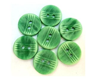 Vintage buttons, 7 plastic buttons, green, 15mm