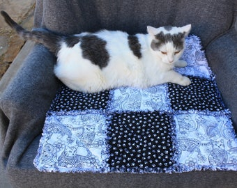 Cat Bedding, Cat Bed, Cat Blanket, Cat Quilt, Handmade Cat Quilt, Washable Cat Bed, Travel Cat Blanket, Crate Mat, Fabric Cat Bed, Catnip