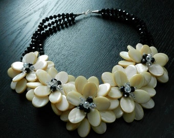 Coffee Cream MOP Shell Flower Necklace Wire Wrap Necklace Black Quartz Party Necklace with 0.925 Sterling Silver PN71