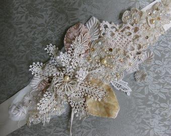 Vintage Crochet Flower Wedding dress Sash, Boho Wedding Dress Sash, Ribbon sash, Bridal Gown Sash, lace sash, lace belt, Champagne sash