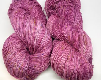 Spring lilacs kettledyed 80/20 merino/nylon sock weight yarn with nubs