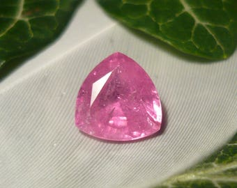 Ruby, 2.0ct Trillion Cut