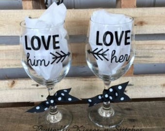 Wine Glass Set, His and Her Wine Glasses, Valentine Wine Glass Set, Wine Glass