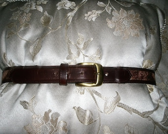 Vintage Tristan & Isuet Embroidery-style Leather belt