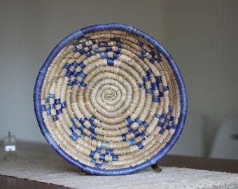 Large Round Coiled Raffia Basket / Blue Raffia Basket / Large Round Basket / Boho Blue / Boho Basket / Boho Coiled Basket / Blue Decor
