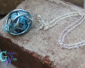 Handmade Chainmaille Removeable d20 Necklace