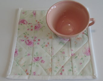 Quilted Mug Rug Mug Mat, Pastel Flowers Quilted Mug Rug, Quilted Snack Mat, Quilted Coaster, Floral Quilted Candle Mat, Teacher Gift
