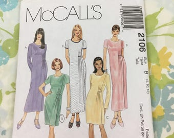 McCalls 2106 Fashion Basics Misses' Dress in Two Lengths with Pleat Details on the Side, Sizes 8, 10, 12