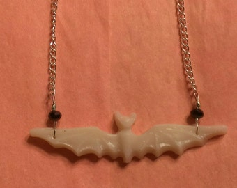 Flying ghost bat necklace with or without glitter