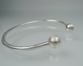 Modern minimalist Silver cuff bracelet, Open bangle in solid silver