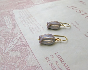 Vintage Summer Tulips earrings in lilac